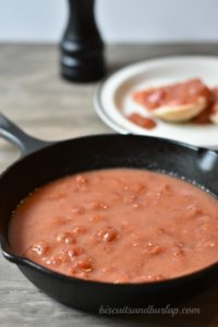 Tomato Gravy - easy and Southern Style. Just like your Mama used to make to go over biscuits or rice.