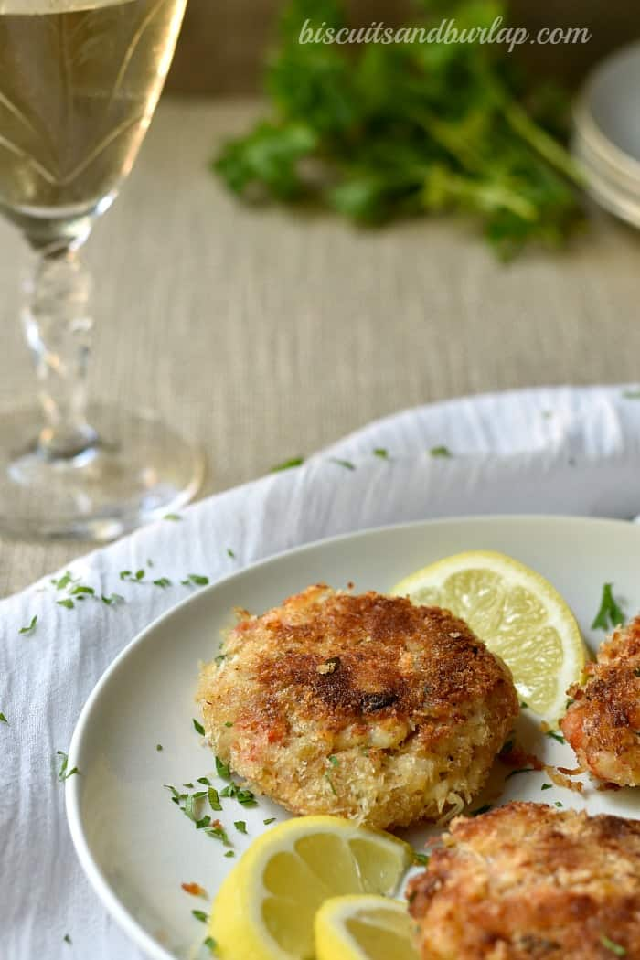 How To Make Southern Maryland Crab Cakes
