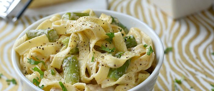 Chicken with Asparagus and Pasta