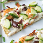 Greek Style Flatbread Pizza from BiscuitsandBurlap.com
