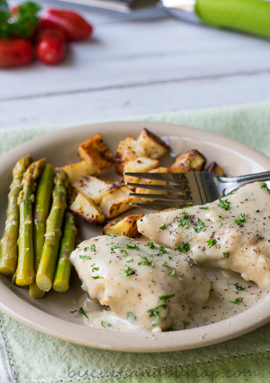 Italian Chicken with Creamy Pan Sauce from BiscuitsandBurlap.com