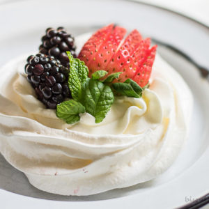 Mini Pavlova desserts are something special. From BiscuitsandBurlap.com