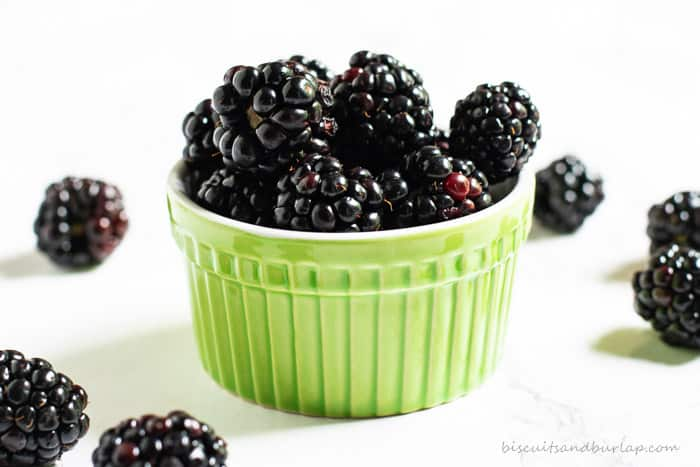 Easy homemade blackberry syrup from BiscuitsandBurlap.com