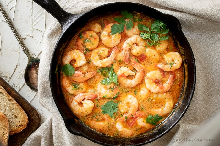 Shrimp in buttery sofrito sauce