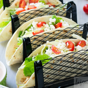 tacos in stand