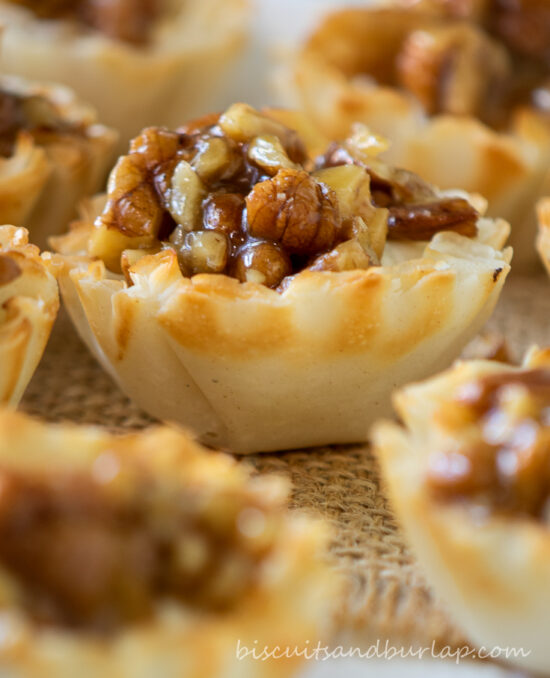 pecan pie cheesecakes on board