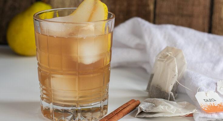 Spiced Pear Bourbon Iced Tea- A Fall Cocktail