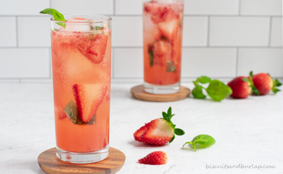 strawberry-basil-cocktail-with-gin